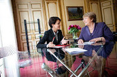 L'actualité des amériques: Najat Vallaud Belkacem a reçu Michelle Bachelet | LYFtv - Lyon | Scoop.it