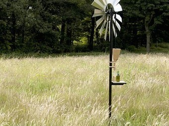 Wind-Powered Oil Press Makes Homemade Oils an Easy Breezy Task (Video) | Sustainability MOOC | Scoop.it