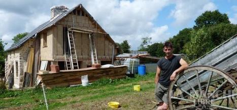 Il bâtit un village totalement autonome   La Manche Libre   Le recours aux forêts   Scoop.it