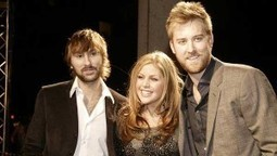New Album Review: Lady Antebellum - On This Winter's Night | Stirring Trouble | Twitter Hashtags | Scoop.it