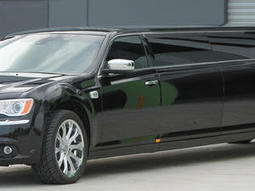 Limo Hire Reading - Airport Transfers Reading | Limo hire in Reading | Scoop.it