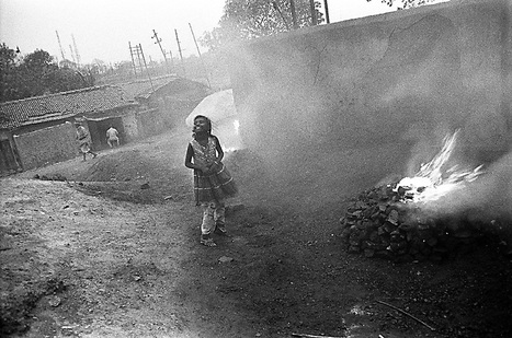 The coalfields of Jharia | Photographer: Isabell Zipfel | BLACK AND WHITE | Scoop.it
