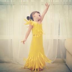 des robes de haute-couture en papier par une maman et sa fille de 4 ans | Couture, tricot et broderie - idées et envies | Scoop.it