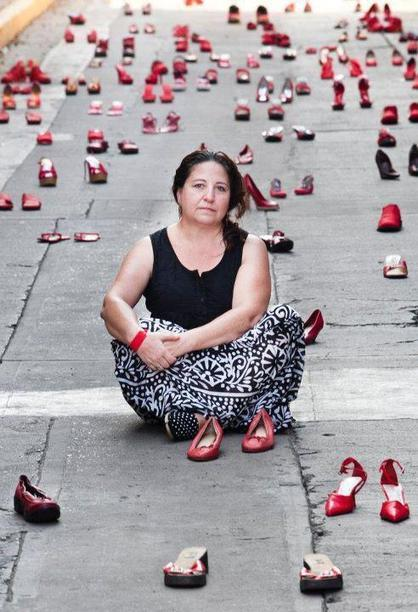 Elina Chauvet: 'Zapatos Rojos' (Red Shoes) | Hitchhiker | Scoop.it
