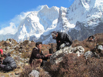 WWF - Communities Lead New Effort to Protect Snow Leopards in Nepal - | HELPING ANIMALS IN DANGER by Oumnia | Scoop.it
