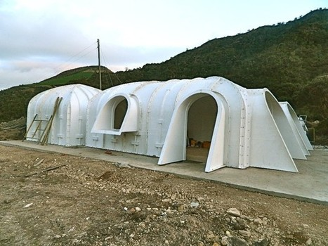 Pre-Fabricated Hobbit House Built on Your Homestead in Less than Three Days | The Homestead Guru | Maisons éco | Scoop.it