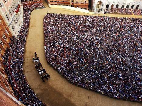 """Il Palio di Siena"" as seen by the National Geographic 