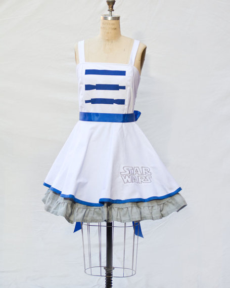 R2D2 Retro Style Star Wars Dress | GeekGasm | Scoop.it