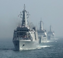 Indian Navy Reinforces Country's Faith in Its Maritime Arm | ADU News | General Topics | Scoop.it