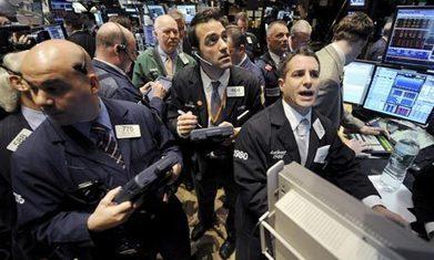 US economic growth slows as GDP estimate disappoints economists - The Guardian | Bachelor macro challenge | Scoop.it