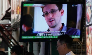 Did someone help Ed Snowden punch a hole in the NSA? | UnSpy - For Liberty! | Scoop.it
