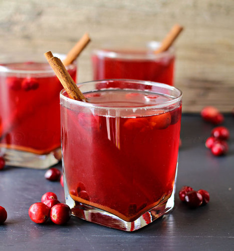 Crock Pot Cranberry Cider ~Virtual Progressive Dinner & Giveaway - Kleinworth & Co | Holly & Ivy - Holiday Cheer & Recipes | Scoop.it