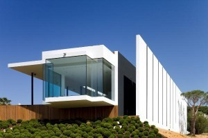 Chic Architecture - Casa Vale de Lobo - WE AND THE COLOR | Container Architecture | Scoop.it