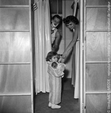 L'eau et l'hygiène à travers les âges | Etude salle d'eau, prise de vue 1952 (©... | L'eau, une histoire d'ingéniosité et de fragilité humaine | Scoop.it