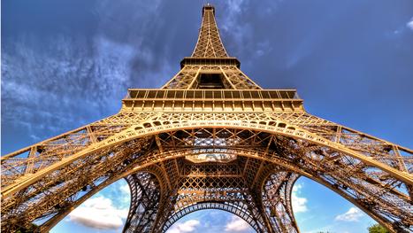Ce concurrent d'AirBnB propose une résidence inédite: la Tour Eiffel   La Tour Eiffel   Scoop.it