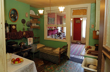 Lower East Side Tenement Museum Opens 'Shop Life' | History and Food | Scoop.it