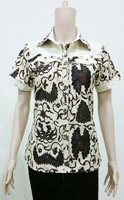 Blus Batik Casual Putih BW743 | Toko Online Batik Ganitri | mischaYY | Scoop.it