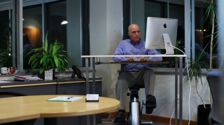 Active Desk lets you burn calories while checking your email | Longevity science | Scoop.it