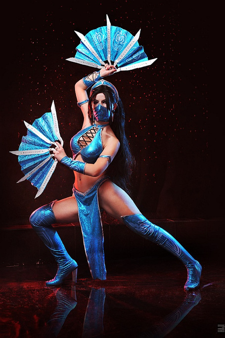 Gorgeous Kitana (Mortal Kombat) Cosplay | All Geeks | Scoop.it
