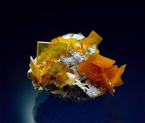 Wulfenite | Minerals | Scoop.it