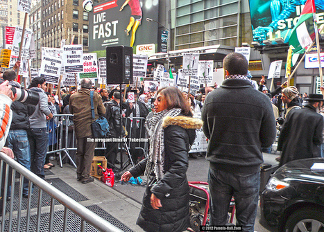 Good vs Evil in NY's Times Square - Atlas Shrugs   Racism & freedom of speech   Scoop.it