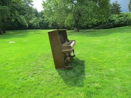 A Piano Listening to Itself – Brno Variation   DESARTSONNANTS - CRÉATION SONORE ET ENVIRONNEMENT - ENVIRONMENTAL SOUND ART - PAYSAGES ET ECOLOGIE SONORE   Scoop.it