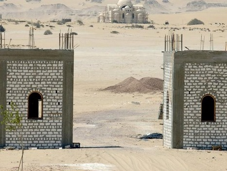 Activists oppose monastery wall in Wadi el-Rayan protectorate   Égypt-actus   Scoop.it