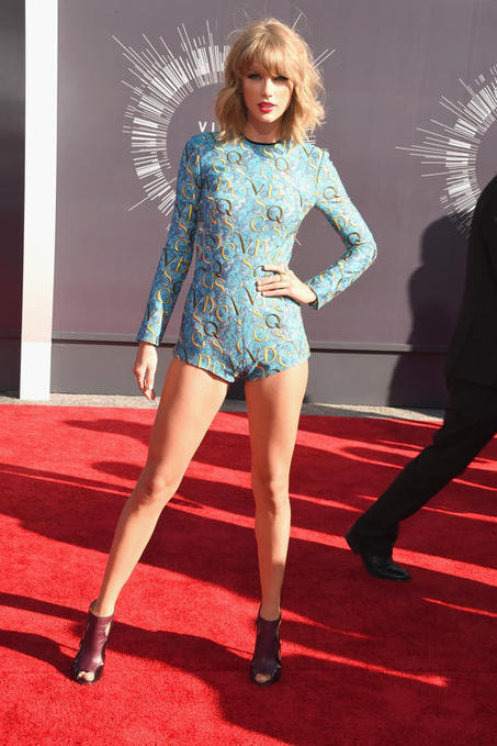 Taylor Swift arrives at the 2014 MTV Video Music Awards | Hot Celebrities | Scoop.it