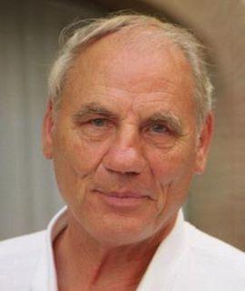 Dr. med. Ryke Geerd Hamer - New Medicine (Interview - Part 1) | Health Supreme | Scoop.it