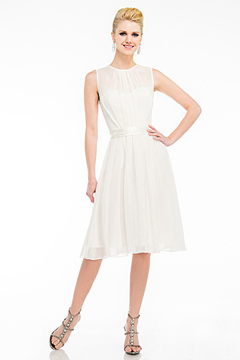 Rent Knee Length bridesmaids dresses at Rent The Dress | Bridesmaid Dresses | Scoop.it