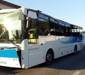 [02/12] La conductrice d'un bus scolaire décide de passer sous un pont trop bas avec 12 élèves à bord à Puget sur Argens | Puget sur Argens | Scoop.it