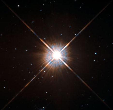 Proxima Centauri: Hubble Captures Sharpest-Ever Image of Sun's Nearest Neighbor | Astronomy | Sci-News.com | Outer Space - SSMS | Scoop.it