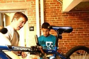 Wheelpusher program teaches kids bike mechanics, community service - SouthCoastToday.com | Youth Making A Difference | Scoop.it
