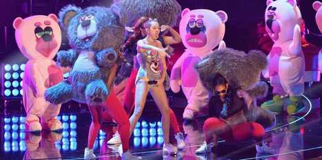 RELAX, AMERICA: Miley Cyrus Didn't Destroy Her Career -- She Created A New One! | Fashion and The Music Industry | Scoop.it