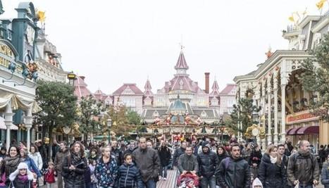 Accident à Disneyland Paris : une com' de crise qui a frôlé la ... - Le Nouvel Observateur   cellule de crise   Scoop.it
