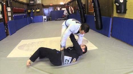 Knee on Belly Escape w/ Eric Burdo | Richmond BJJ Academy | iRoll.tv | Brazilian Jiu-Jitsu | Scoop.it