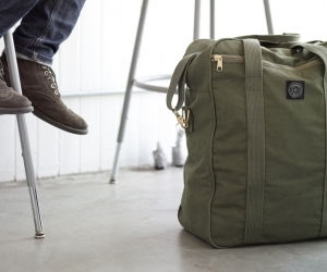 Upcycled Military Tent Bags by Field Aesthetic | GBlog | UpCycle | Scoop.it