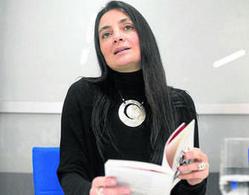 """""""En poesía, la traducción conlleva cierta traición a la obra... - Granada Hoy   Traducción literaria   Scoop.it"""