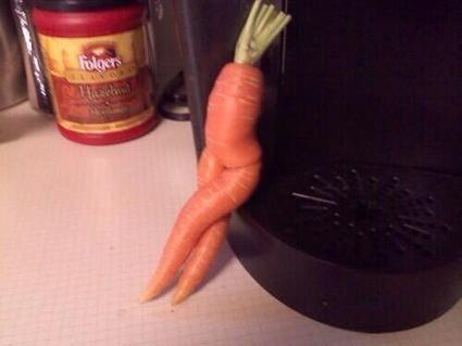 Twitter / TypicalGirI: The awkward moment when a carrot ... | Her majesty carrot | Scoop.it