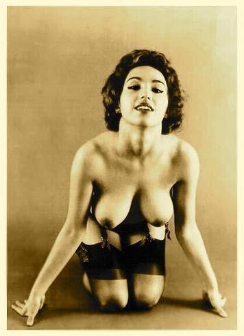 Twitter / pink_erotica : 001432 #vintage #saggy #boobs ... | vintage nudes | Scoop.it