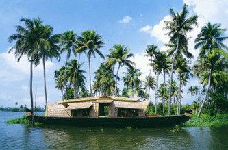 Kumarakom Houseboat Holidays Package | Kerala Family Tour | Kerala Tourism | Scoop.it