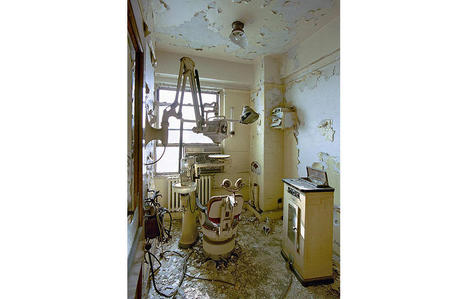 Photos: The Ruins of Detroit – - PlogPlog Photo Blog   Social Studies - Impact Academy   Scoop.it