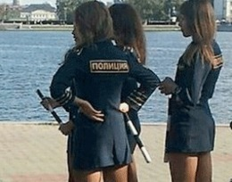 Russian Police Women Wear too Short Skirts - I4U News | Politics Daily News | Scoop.it
