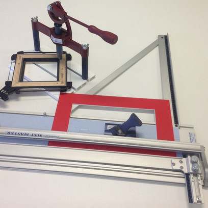 Strap Clamp + Benchmaster 2 + Mat Master 1060B | Diyframed - Picture framing tools and materials | Scoop.it