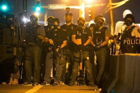 Riots in Ferguson #USA :  Cops Are Armed Like I Was in #Iraq #WarZone - TheDailyBeast | News in english | Scoop.it