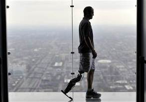 First mind-controlled bionic leg a 'groundbreaking' advance | eVolv with Nanomedicine | Scoop.it