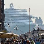 Mediterranean Cruises from Venice - Venice reducing cruise traffic in front of St Mark's square | Mediterranean Cruises | Scoop.it