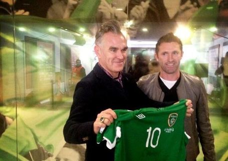 Irish 'Cousins' reunion as Morrissey joins 'cousin' Robbie Keane at Republic of Ireland match in Dublin | Diverse Eireann-Sports | Scoop.it