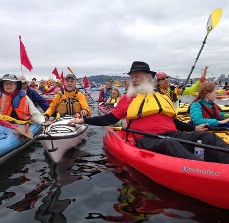 You have to see these pictures of Seattle's kayaking climate protesters | Activism, Prot