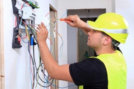 El usuario, obligado a bajar la potencia de su casa, si no quiere pagar más luz en 2015 | GEOGRAFIA SOCIAL | Scoop.it
